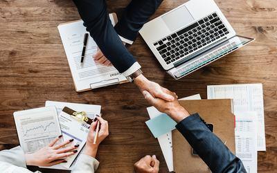 La médiation constitue un mode amiable de règlement des différends (MARD). Le recours à ce processus peut présenter un réel intérêt pour l'administration et les tiers.